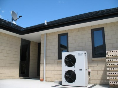 Air-to-water heat pump